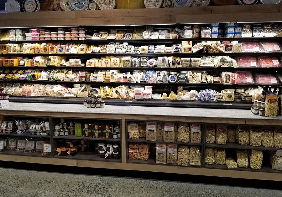Giant-Heirloom-Market-Cheese-Shop