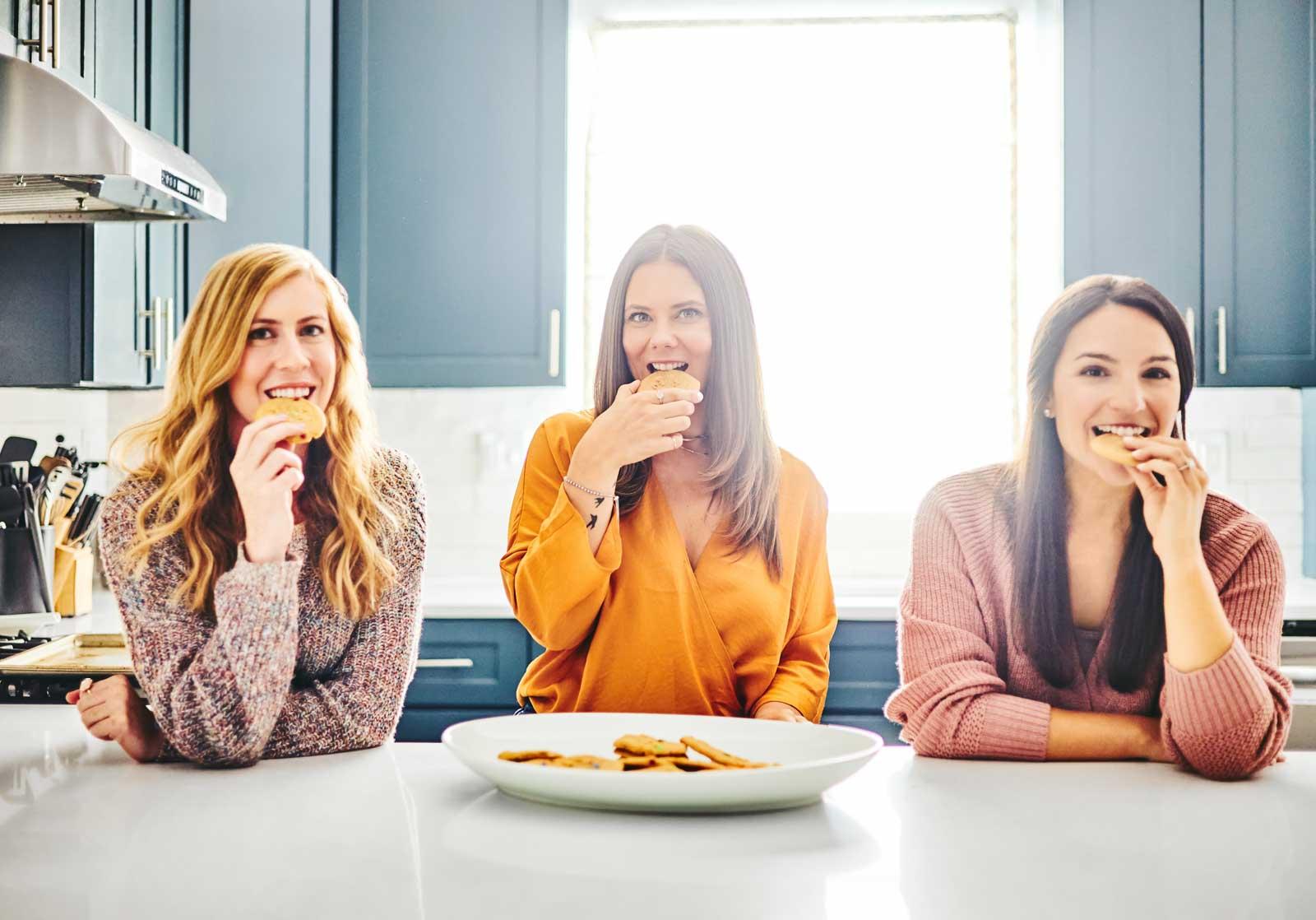 women-eating-cookies