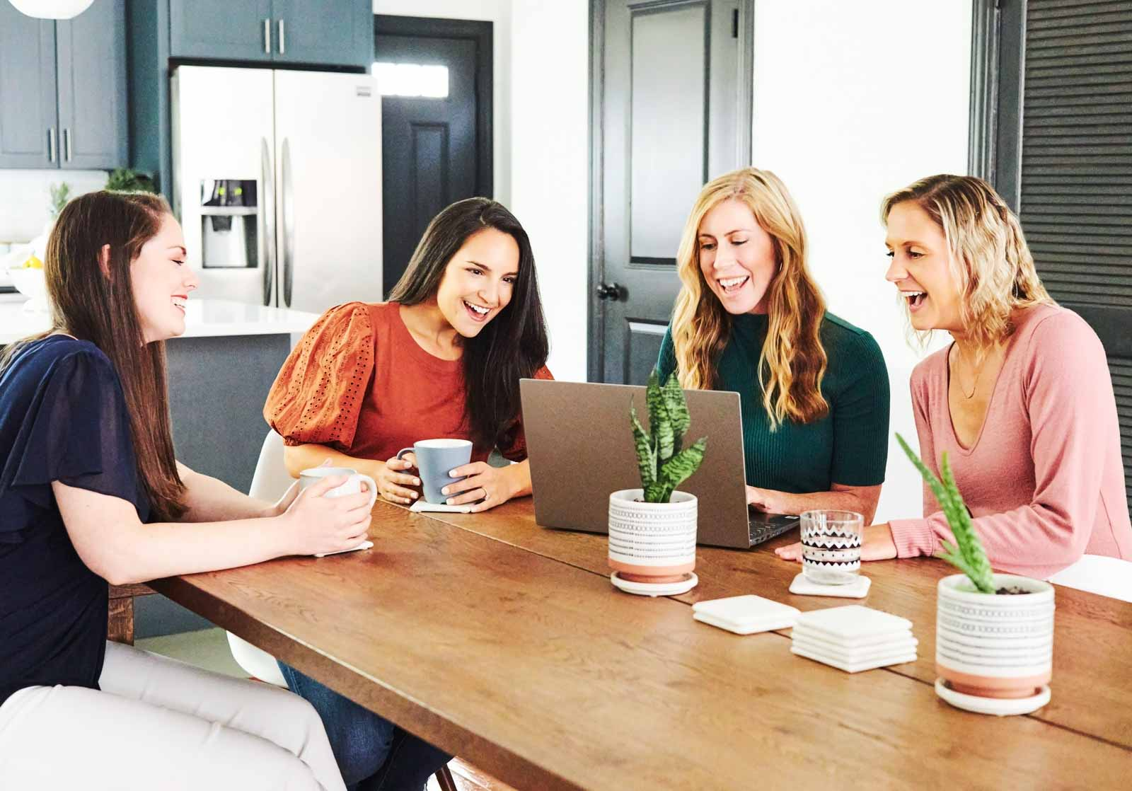women-working-at-table