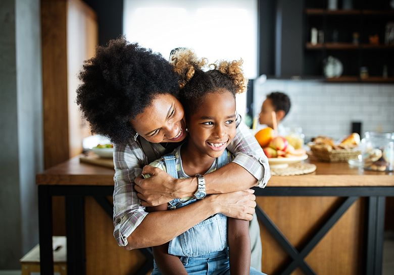 mom-and-child-in-kitchen-together